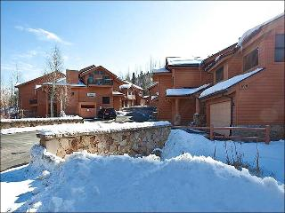 Just a Short Walk to Dining and Shopping - Private Hot Tub (25432), Park City