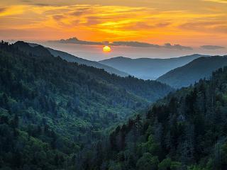 Wyndham Smoky Mountains Resort - 2 Bedroom Condo, Sevierville