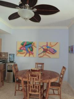 Dining area - dining for 6 (there are 2 extra chairs and a leaf to extend the table)