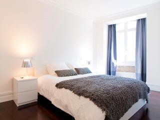 Baixa Deluxe III Apartment | RentExperience, Lisbon
