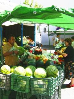 Tuesday is market day: cheap fruit & veg
