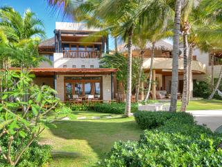 Stunning Sea Front & Golf Course Front Villa