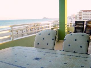 Baix Maestrat.5pl. Apartamento primera linea playa, Peniscola