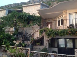 Villa for rent, Podstrana