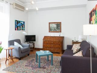 FLAMINIA CHARMING APARTMENT NEARBY SPANISH STEPS, Rome
