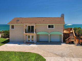 'Ocean Breeze', a beautiful 4 bedroom, 4 bath beach house,/ private beach access