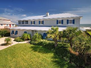 Ocean Blue,a 4br/4.5 bath beach house with hot tub, Ponte Vedra Beach