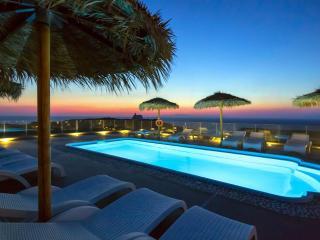 "OIA SUNSET VILLAS - villa ""PEARL"" -  Pools & Spa"