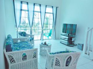 The Abaco Apartment 'Glorious Sunsets'