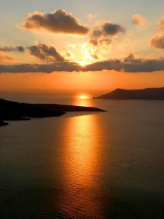 The famous sunset of Oia.