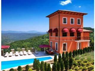 Villa Angelo, Oprtalj