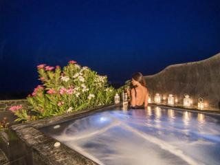 'OIA SUNSET VILLAS' villaTURQUOISE Spa & Pool, Oia