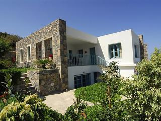 4 bedroom Villa in Mochlos, Crete, Greece : ref 5700281
