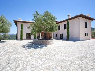 Stunning villa in the mountain, Puigpunyent