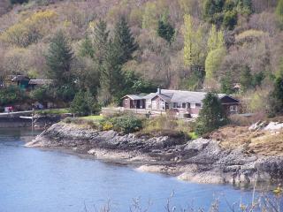 Tigh na Creagan cottage