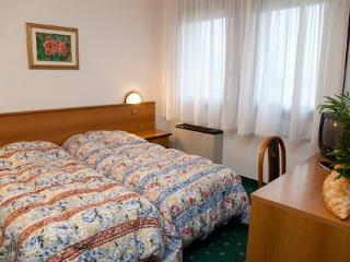 Residence Roma Camera doppia 01, Pravisdomini