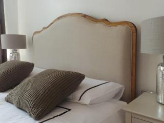 Stylish 2 Bedroom in Tower Bridge
