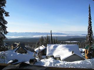 South Face B Snowpines Estates Location Sleeps 10, Big White