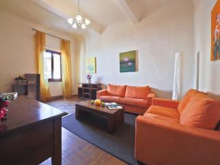Drago Apartment