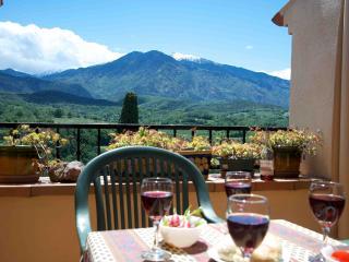 Los Masos - Maison Thym, Stunning views, free wifi