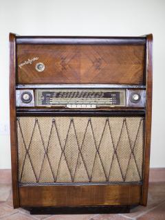 Un vecchio grammofono di famiglia