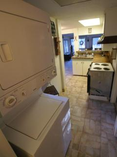 Laundry area with washer/dryer