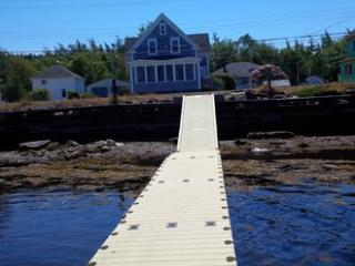 Cottage in Riverport