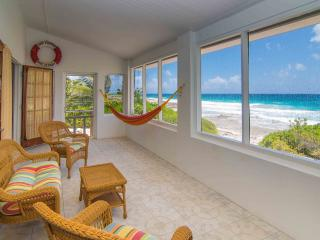 Cayman Brac Getaway--A Perfect Island Beach House!, Caimán Brac