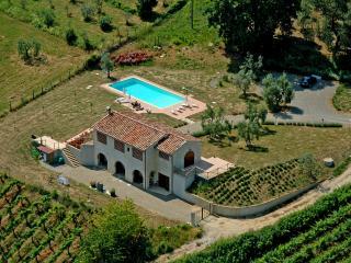 villa in campagna a san gimignano, San Gimignano