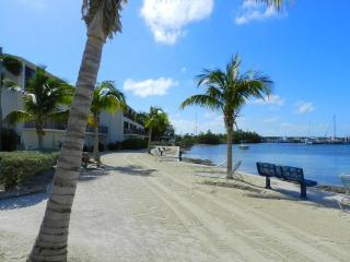 Florida Keys Beautiful 2B 2B Townhouse