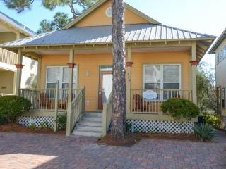 Happy Mermaid-1 Story Cottage on 30A-Fabulous Reviews-Short Walk to Beach