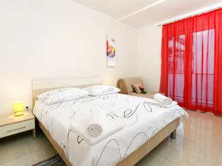 Double room with balcony (8), Podstrana