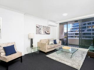 F1406 - Beautiful St Leonards Apartment, Sydney