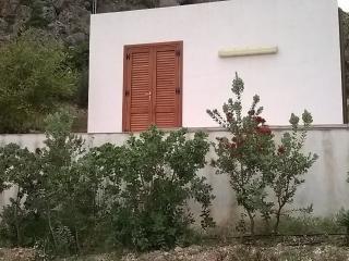 villa del golfo - terza, Macari