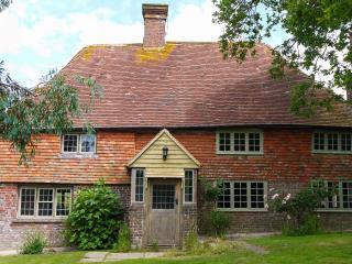 Stylish Grade II listed Sussex Farmhouse,Icklesham, Rye
