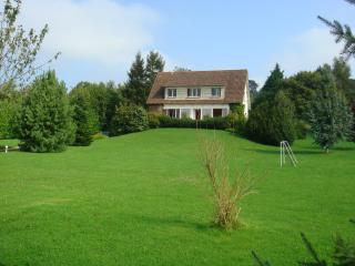Deauville : une Agreable Villa à 7 km de Deauville et Trouville a Bonneville /T