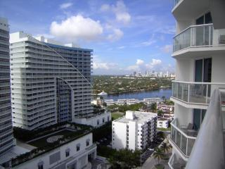 Hilton Fort Lauderdale Beach Resort - Stunning 19t