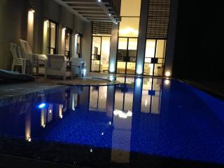 Caesarea  luxury Dream Villa with Private pool, Bet Hananya