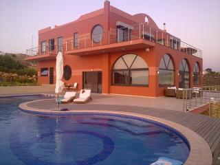 Kirki,, Villa am Meer, wunderschöne Aussicht und Sonnenuntergänge, Tersanas