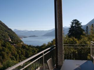 Lake Como lovely apartment with view on the lake, Argegno