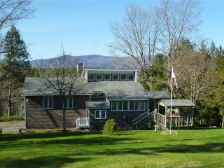 Beautiful Home Close To Winnipesaukee Beach, Moultonborough