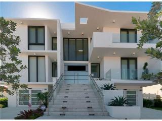 Villa Tesoro, Miami