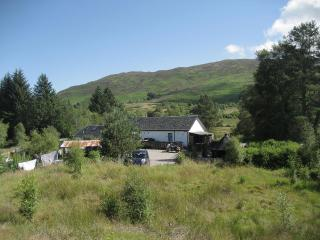 But'N'Ben Nr. Fort William With log chalet BBQ hut