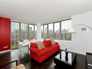 Stunning 2 Bed in lux elevator building with on-site gym + roof terrace in UWS