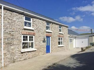 HILLBROOK HOUSE, seaside cottage, private annexe, pet-friendly, close coast path