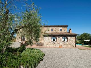 Villa Vinicio with heatable pool, Guardistallo