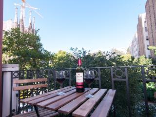 Sagrada Familia Garden Views 3502, Barcelona