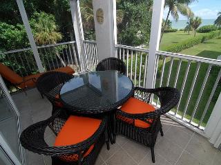 Gulf view, pet friendly, Island Beach Club condo, Isla de Sanibel