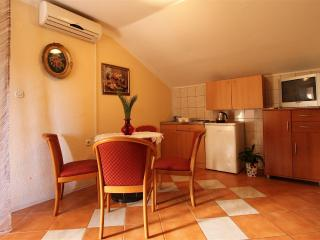 Apartment on Lopud 3