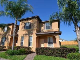 End Unit 4 Bedroom Townhome In A Popular Resort With Waterpark 1104CAL ~ RA86173, Davenport